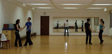lets-dance-scoala-dans-bucuresti