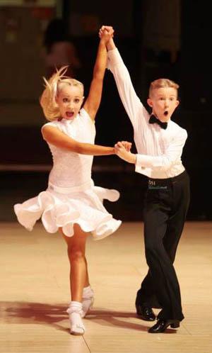 Stop-Dance-scoala-de-dans-pentru-copii
