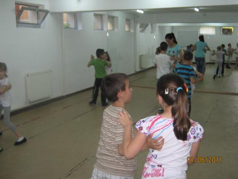 antrenament dans