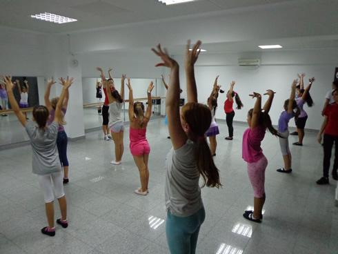 cursuri-dans-pentru-copii-Stop-Dance