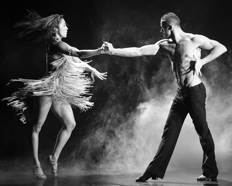 danseaza-salsa